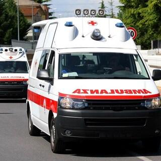 Alassio, giovane precipita per 20 metri da un ponte sull'Aurelia: è grave