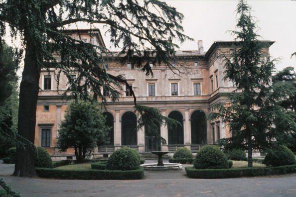 Villa Farnesina di Roma.
