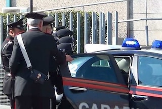 Reggio Calabria, si fingono turisti per arrestare un uomo ricercato per violenza su una 15enne