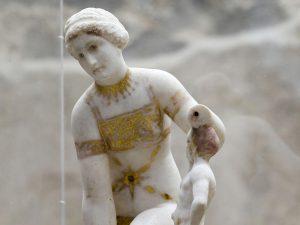 La statuetta in marmo cosiddetta della Venere in Bikini