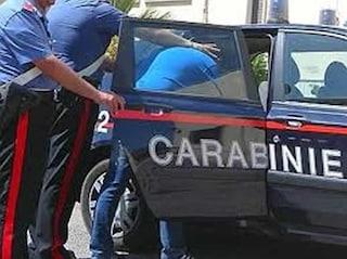 Livorno, ferisce il padre con un coltellino dopo una lite. Coinvolta anche l'anziana nonna