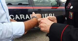 "Terrorismo, arrestati 12 anarchici. Accusati di ""eversione dell'ordine democratico dello Stato"""