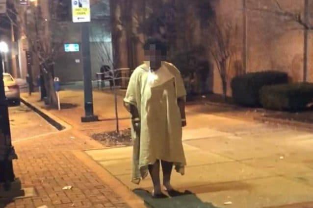 La donna, 22 anni, abbandonata in strada dal personale dell'ospedale di Baltimora (Imanu Baraka)