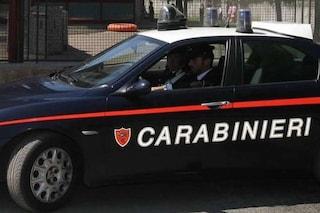 Pescara, 28enne si barrica in casa e minaccia di uccidere padre: fermato dopo ore
