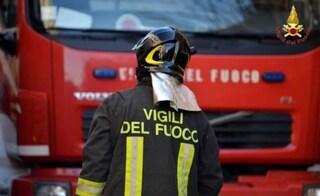 Genova, due case in fiamme nello stesso quartiere: morto 43enne, intossicata una donna