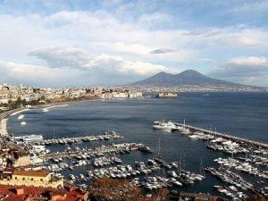 Veduta del golfo di Napoli.