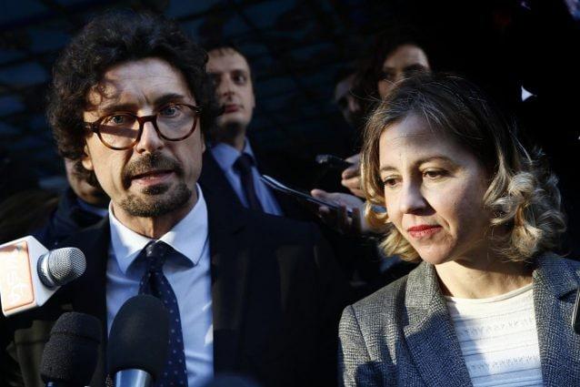 """Il MoVimento 5 Stelle prende l iniziativa e invita i capigruppo di tutti i  gruppi parlamentari ad un incontro per discutere dei temi da """"porre al  centro ... cfb7159d333"""