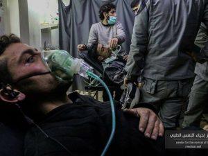 Alcuni dei pazienti ricoverati con un'intossicazione da gas cloro (Union of Medical Care and Relief Organizations)