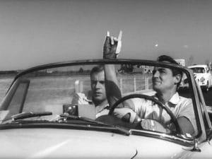 """Vittorio Gassman e Jean-Louis Tritignant in una celebre scena de """"Il sorpasso"""" di Dino Risi."""