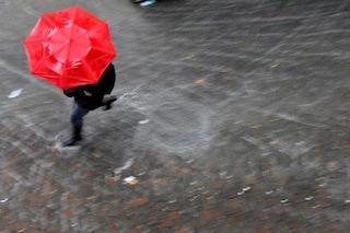 Maltempo, allerta meteo e scuole chiuse lunedì: l'elenco delle regioni e città interessate