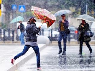 Previsioni meteo 24 settembre: burrasca sull'Italia, temporali e raffiche di vento intensi