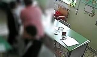 """Catania, a processo una maestra accusata di maltrattamenti: chiamava i bimbi """"teste di scecco"""""""