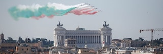 """Festa della Repubblica, l'Italia celebra il 2 giugno. Mattarella: """"73 anni di pace e libertà"""""""