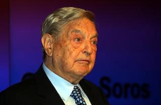 """Soros elogia le Sardine: """"Fenomeno dal basso che ha fatto arrabbiare Salvini"""""""
