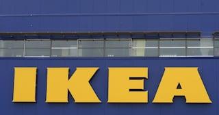 Scozia, tremila persone all'Ikea per giocare a nascondino: interviene la polizia