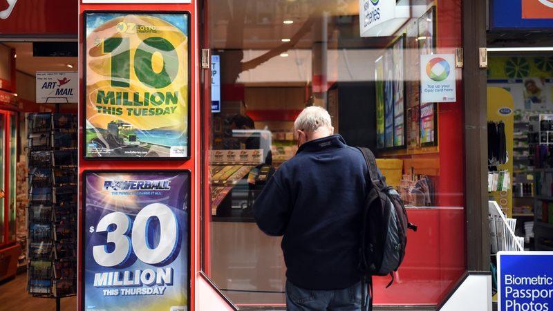 Lotteria Italia: l'estrazione dei biglietti vincenti