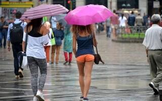 Meteo, addio alle temperature record: tornano i temporali al nord