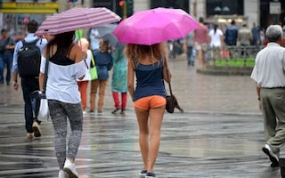 Meteo: allerta temporali e grandinate al nord, caldo sempre più intenso al sud