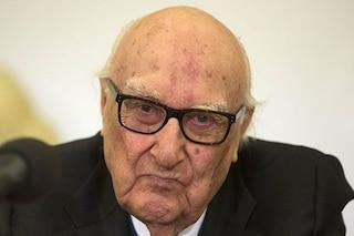 Andrea Camilleri, ultimo bollettino: condizioni stabili, lo scrittore in coma farmacologico