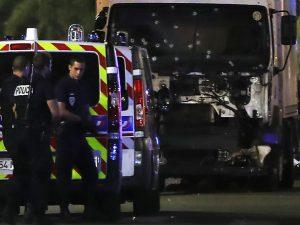Il camion utilizzato daMohamed Lahouaiej–Bouhlel per uccidere 86 persone a Nizza nel 2016 (Gettyimages)