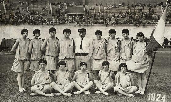 """La prima """"nazionale"""" francese di ginnastica alle Olimpiadi di Amsterdam del 1924."""