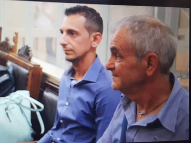 Andrea Stival e il figlio Davide riuniti per la sentenza