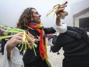 Danza popolare tipica delle celebrazioni della Candelora della Madonna di Montevergine.