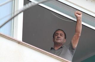 Migranti: Mimmo Lucano rinviato a giudizio