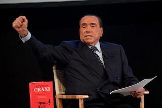 Silvio Berlusconi operato per occlusione intestinale: l'intervento è andato bene