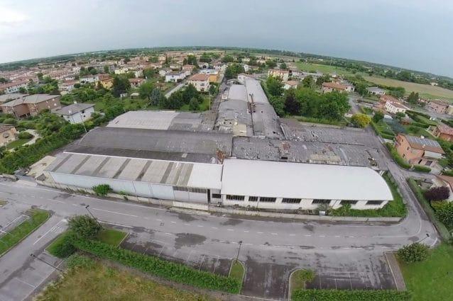 L'ex stabilimento della CDM a due passi da scuole e abitazioni