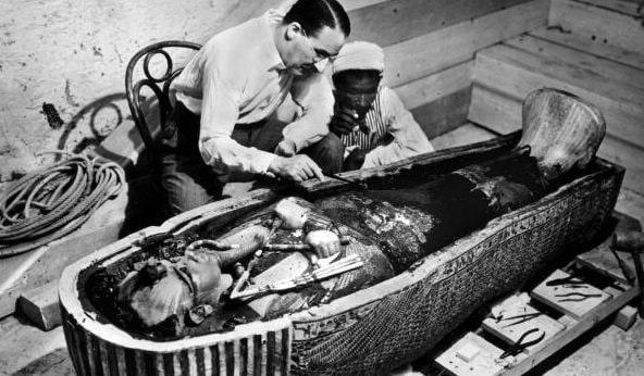 Egitto 96 anni fa howard carter entrava per la prima volta nella tomba di tutankhamon - Howard divo del passato ...