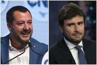 """Tav, scontro Alessandro Di Battista-Salvini: """"Se Lega la vuole torni con Berlusconi e non rompa"""""""