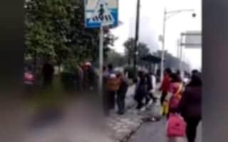 Cina, auto piomba su una fermata del bus e travolge i pedoni: 7 morti e 4 feriti