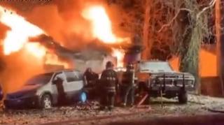 Dramma in Usa, incendio li sorprende durante la notte: sei morti, quattro sono bambini