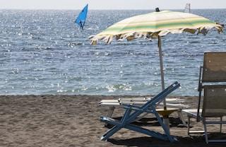 Dramma in spiaggia, turista muore in 50 centimetri d'acqua al Lido di Staranzano