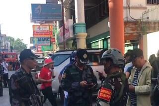 Filippine. Attentato al centro commerciale, ci sono morti e feriti