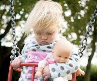 Scopre che la figlia di 3 anni ha un tumore dopo averle scattato una foto