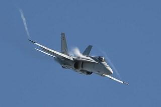Allarme nel cielo giapponese, scontro in volo tra caccia militari: almeno 5 dispersi