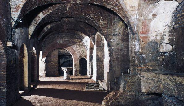 Il criptoportico delle catacombe di Priscilla.
