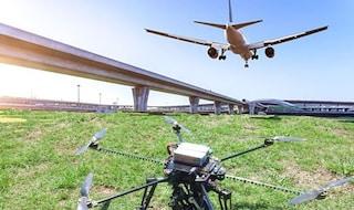 Allarme all'aeroporto di Cagliari, droni in pista: aerei dirottati a Olbia e Alghero