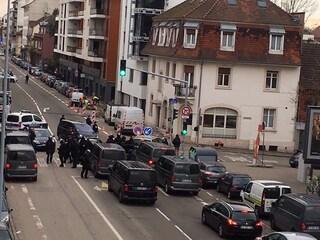 Attentato a Strasburgo: blitz della polizia nel quartiere Neudorf, dove vive Cherif Chekatt