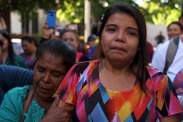 Imelda Cortez, all'uscita dal carcere dove ha passato 18 mesi con l'accusa di aver tentato di abortire (Gettyimages)