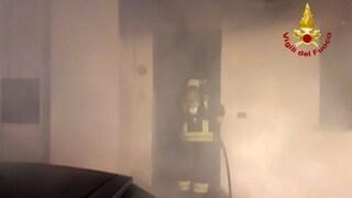 Venezia, albero di Natale in corto, nell'incendio muore una mamma: voleva salvare la figlia
