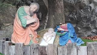 Varallo. Vandali spaccano la statua della Madonna: le hanno tagliato la testa
