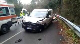 Trieste, furgone non si ferma all'alt e si schianta contro un'auto: almeno 14 feriti gravi