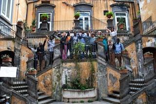 Welcome Tour a Napoli: artisti e scrittori accolgono i rifugiati in segno di benvenuto