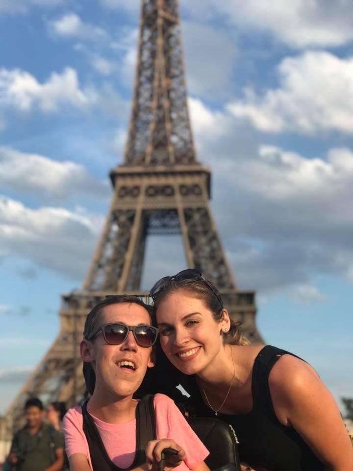 Shane e Hannah in vacanza a Parigi