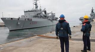 Taranto. Si rompe un cavo di ormeggio sulla nave, sottufficiale perde una gamba