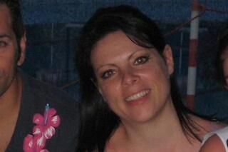 Si ferma per prestare soccorso ma viene travolta da un'auto: mamma Agata muore a 43 anni