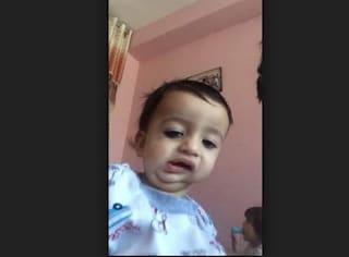 Torna in Italia Hamza, il bimbo afgano a cui i medici italiani hanno restituito il sorriso